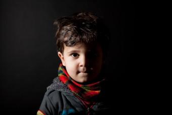 Der 2-jährige Youssef ist mit seiner Familie aus Syrien gekommen.