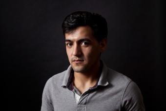 Der afghanische Fluechtlilng Rohulla Moradi ist in einer Privatwohnung in Berlin untergekommen. (c) 2015 Kathrin Harms und Esteve Franquesa